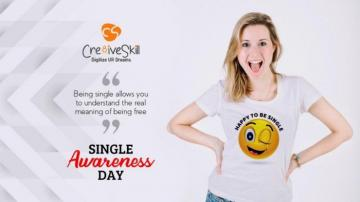 Smile yourself in the mirror wont you feel alone anymore with own T- Shirt Design-Singles Awareness Day (UK)