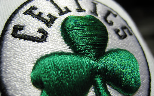 Top 5 Reasons to Outsource Your Embroidery Digitizing